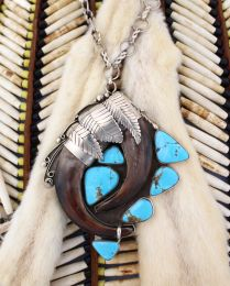 """The Perfect Circle"" Grizzly Bear Claw Turquoise Necklace"