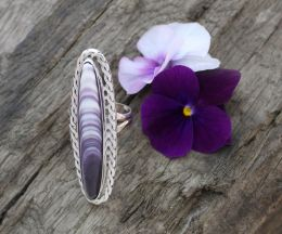 Handshaped Long-Oval Wampum Silver Ring