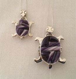 "Small ""Moving"" Reversible Turtle Necklace with Wampum Inlay"