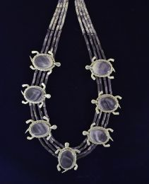 Seven Large Turtles Wampum Necklace